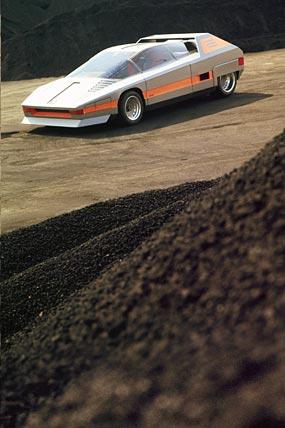 1976 Alfa Romeo 33 Navajo Concept phone wallpaper thumbnail.
