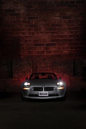2000 BMW Z8 phone wallpaper thumbnail.