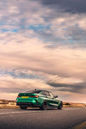 2021 BMW M3 Competition phone wallpaper thumbnail.