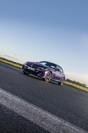 2022 BMW M240i phone wallpaper thumbnail.