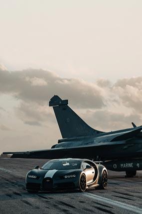 2021 Bugatti Chiron Sport Les Legendes du Ciel phone wallpaper thumbnail.