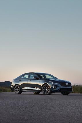 2020 Cadillac CT4-V phone wallpaper thumbnail.