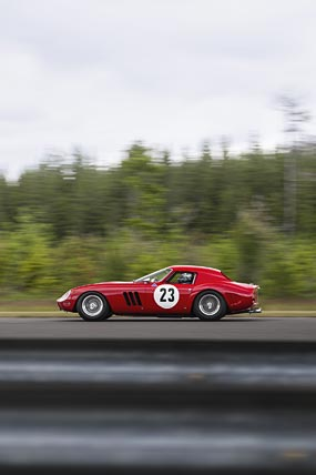 1964 Ferrari 250 GTO phone wallpaper thumbnail.