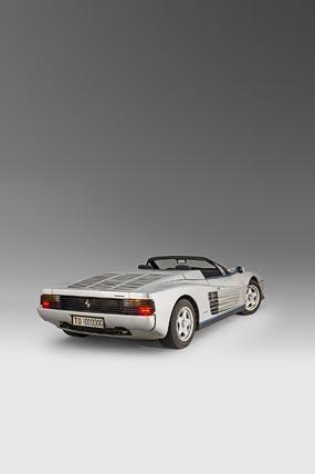 1986 Ferrari Testarossa Spider phone wallpaper thumbnail.