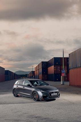 2019 Hyundai i30 N Project C phone wallpaper thumbnail.