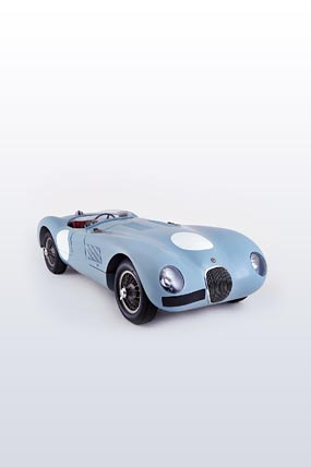1952 Jaguar C-Type phone wallpaper thumbnail.