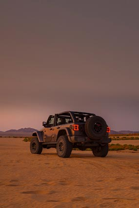2021 Jeep Wrangler Rubicon 392 phone wallpaper thumbnail.