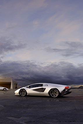 2022 Lamborghini Countach LPI 800-4 phone wallpaper thumbnail.