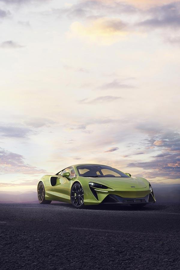 2022 McLaren Artura phone wallpaper thumbnail.