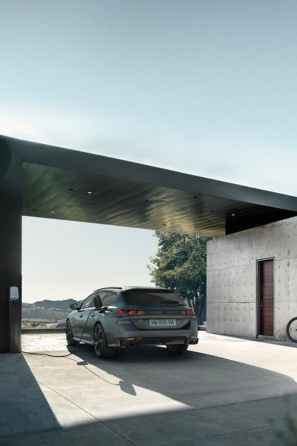 2021 Peugeot 508 PSE phone wallpaper thumbnail.