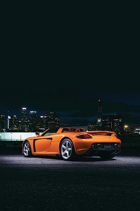 2004 Porsche Carrera GT phone wallpaper thumbnail.