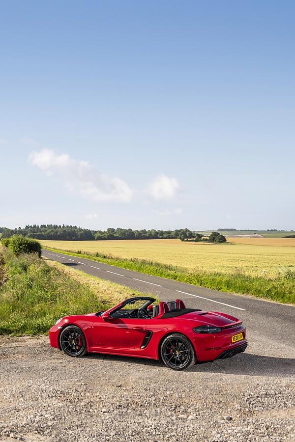 2020 Porsche 718 Boxster GTS 4.0 phone wallpaper thumbnail.