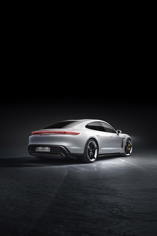 2020 Porsche Taycan Turbo phone wallpaper thumbnail.