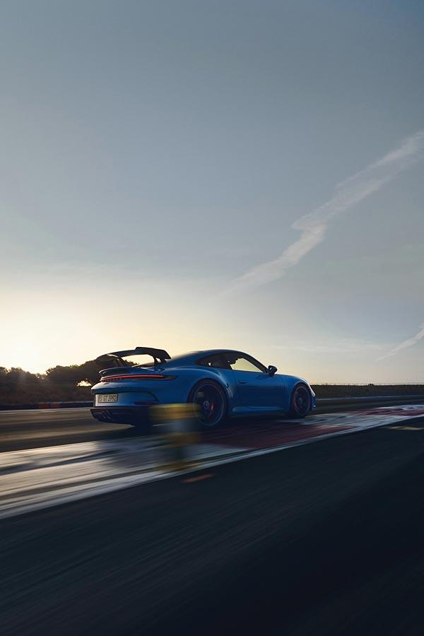 2022 Porsche 911 GT3 phone wallpaper thumbnail.