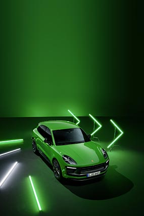 2022 Porsche Macan GTS phone wallpaper thumbnail.
