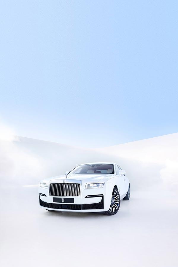 2021 Rolls-Royce Ghost phone wallpaper thumbnail.