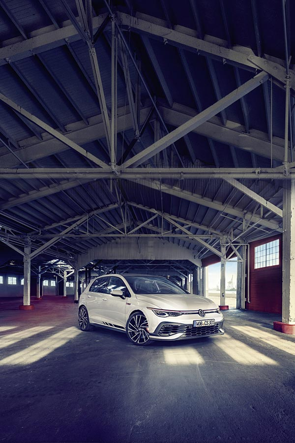 2021 Volkswagen Golf GTI Clubsport phone wallpaper thumbnail.