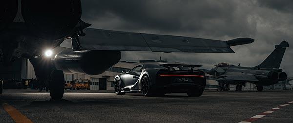 2021 Bugatti Chiron Sport Les Legendes du Ciel wide wallpaper thumbnail.