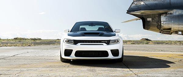 2021 Dodge Charger SRT Hellcat Redeye wide wallpaper thumbnail.