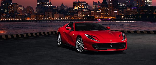 2020 Ferrari 812 GTS wide wallpaper thumbnail.