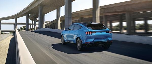 2021 Ford Mustang Mach-E GT wide wallpaper thumbnail.