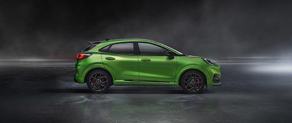 2021 Ford Puma ST wide wallpaper thumbnail.