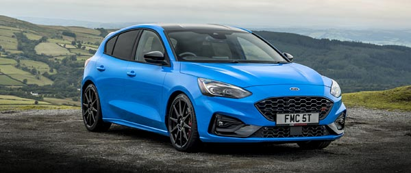 2022 Ford Focus ST Edition wide wallpaper thumbnail.