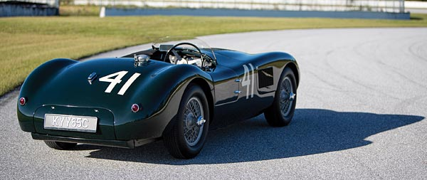1952 Jaguar C-Type wide wallpaper thumbnail.