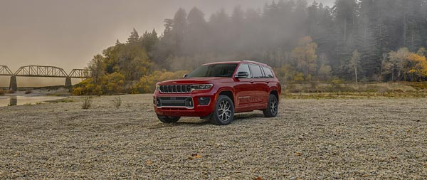 2021 Jeep Grand Cherokee L wide wallpaper thumbnail.