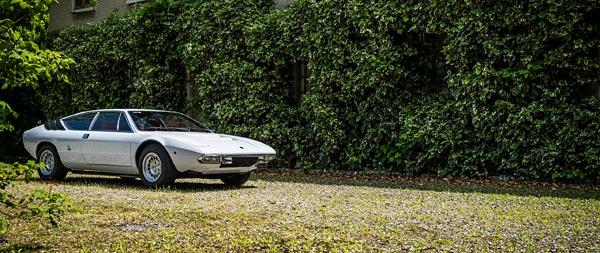 1972 Lamborghini Urraco P250 wide wallpaper thumbnail.