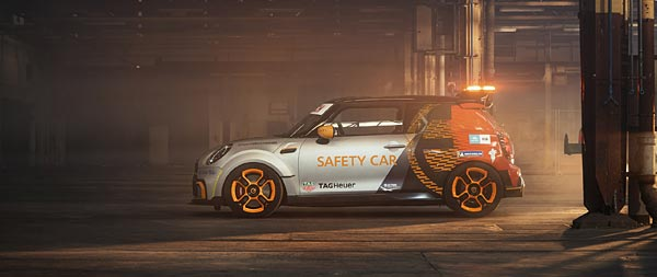 2021 Mini Electric Pacesetter wide wallpaper thumbnail.