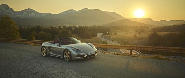 2021 Porsche Boxster 25 Years Edition wide wallpaper thumbnail.