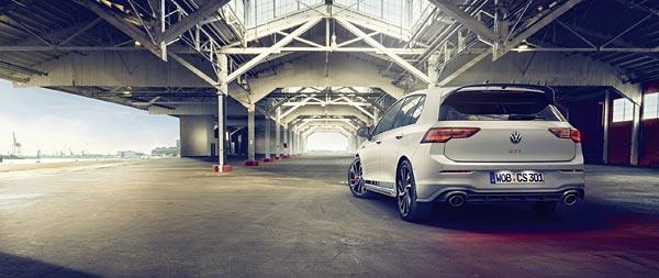 2021 Volkswagen Golf GTI Clubsport wide wallpaper thumbnail.