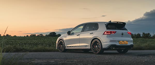 2021 Volkswagen Golf GTI Clubsport 45 wide wallpaper thumbnail.