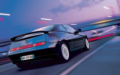 2003 Alfa Romeo GTV wallpaper thumbnail.