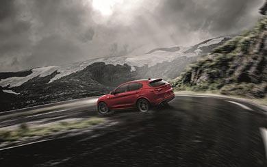 2018 Alfa Romeo Stelvio Quadrifoglio wallpaper thumbnail.