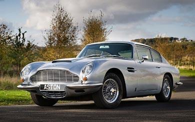 1965 Aston Martin DB6 wallpaper thumbnail.