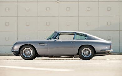 1965 Aston Martin DB6 Vantage wallpaper thumbnail.