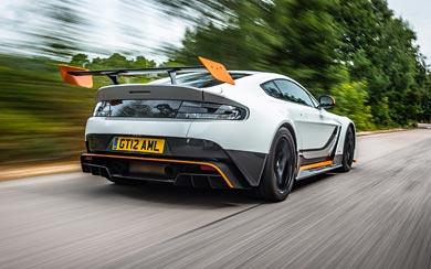 2015 Aston Martin Vantage GT12 wallpaper thumbnail.