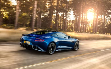 2017 Aston Martin Vanquish S wallpaper thumbnail.