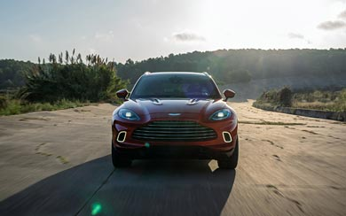 2021 Aston Martin DBX wallpaper thumbnail.