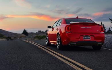 2015 Chrysler 300S wallpaper thumbnail.