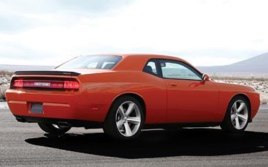 2008 Dodge Challenger SRT8 wallpaper thumbnail.