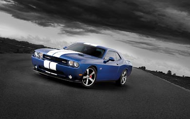 2011 Dodge Challenger SRT8 wallpaper thumbnail.