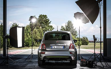 2020 Fiat Abarth 595 Pista wallpaper thumbnail.