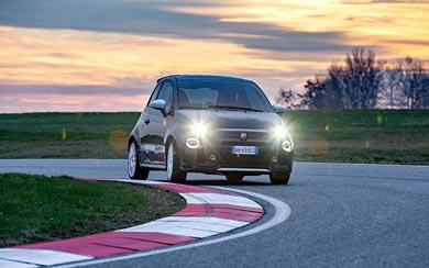 2021 Fiat Abarth 695 Esseesse wallpaper thumbnail.