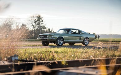 1967 Ford Shelby Mustang GT500 wallpaper thumbnail.