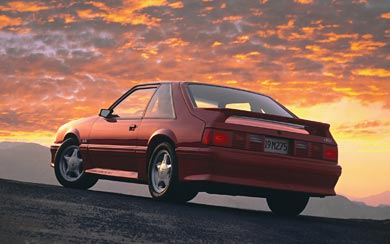 1987 Ford Mustang GT wallpaper thumbnail.