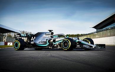 2019 Mercedes AMG W10 EQ Power+ wallpaper thumbnail.