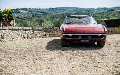 1969 Lamborghini Islero wallpaper thumbnail.